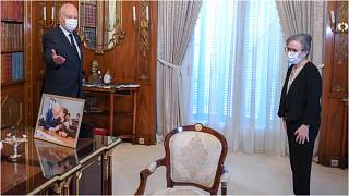 الرئيس التونسي قيس سعيّد ورئيس الحكومة التونسية الجديدة نجلاء بودن رمضان