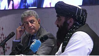 Líderes talibanes se reúnen en Doha con responsables de la UE