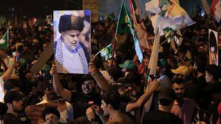 Το κόμμα του σιίτη ιερωμένου Μοκτάντα αλ Σαντρ κέρδισε την πρώτη θέση στις βουλευτικές εκλογές