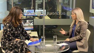 Η Αννίτα Δημητρίου στα γραφεία του euronews στην Αθήνα