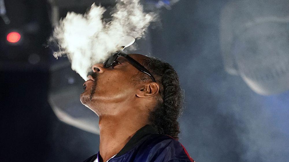 Perusahaan Snoop Dogg melakukan investasi pertama di Eropa dalam memulai ganja
