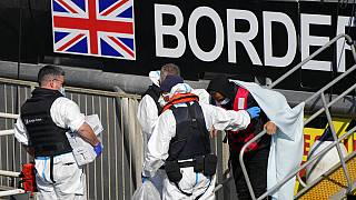 Débarquement d'un bateau de patrouille de la British Border Force dans le port de Douvres, 16 septembre 2021