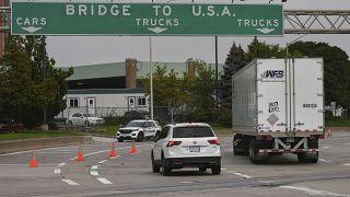 Переезд через границу между Канадой и США в Онтарио