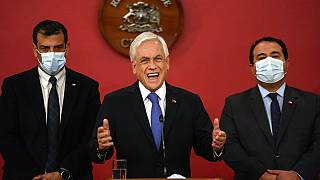 El presidente chileno Sebastián Piñera anuncia el estado de emergencia desde el palacio presidencial de La Moneda, 12/10/2021, Santiago, Chile