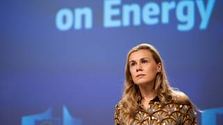 Commissioner Kadri Simson presented a series of short-term measures that governments can introduce to mitigate the energy crunch.