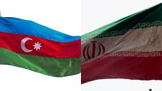 Azerbaycan İran bayrakları