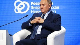 Vlagyimir Putyin a moszkvai energiahéten 2021. október 13-án