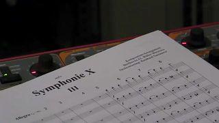 Inteligência Artificial completa sinfonia de Beethoven