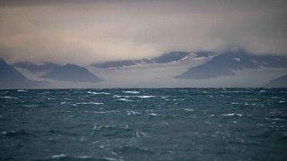 Vue de l'archipel norvégien du Svalbard dans l'océan Arctique, le 23 septembre 2021