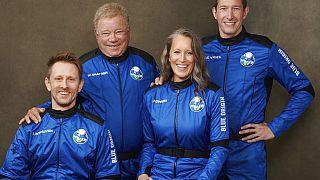 Γουίλιαμ Σάτνερ και οι τρεις αστροναύτες