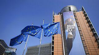 Uniós zászlók Brüsszelben