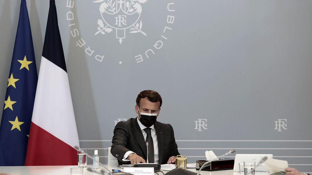 Prancis akan memperpanjang keadaan darurat COVID-19 hingga Juli 2022