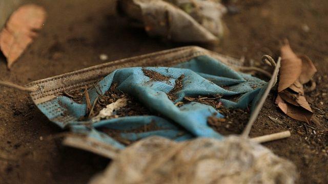 Covid-19 : au Kenya, la gestion des masques usagés questionne