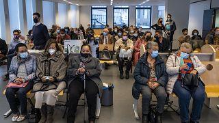 """جلسة استماع لـ5 خلاسيات انتزعن من أمهاتهن السوداوات في الكونغو أقمن دعوى القضائية  ضد الدولة البلجيكية التي يتهمنها بارتكاب """"جرائم ضد الإنسانية"""" بحقهنّ 14 أكتوبر 2021"""