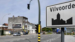 Archives : panneau marquant l'entrée dans la ville de Vilvoorde, dans la province du Brabant flamand, le 23 août 2017