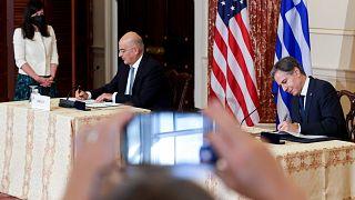 Yunanistan Dışişleri Bakanı Nikos Dendias ve ABD Dışişleri Bakanı Antony Blinken