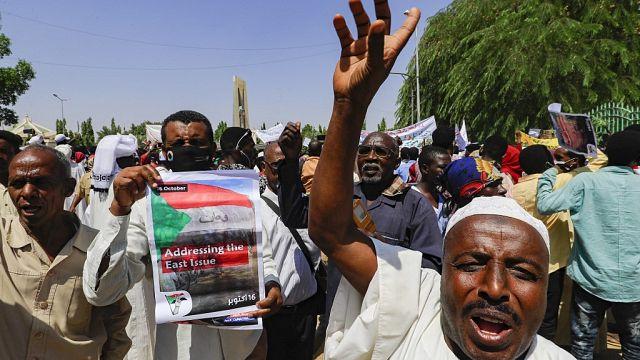 Soudan : appel à la démission du gouvernement