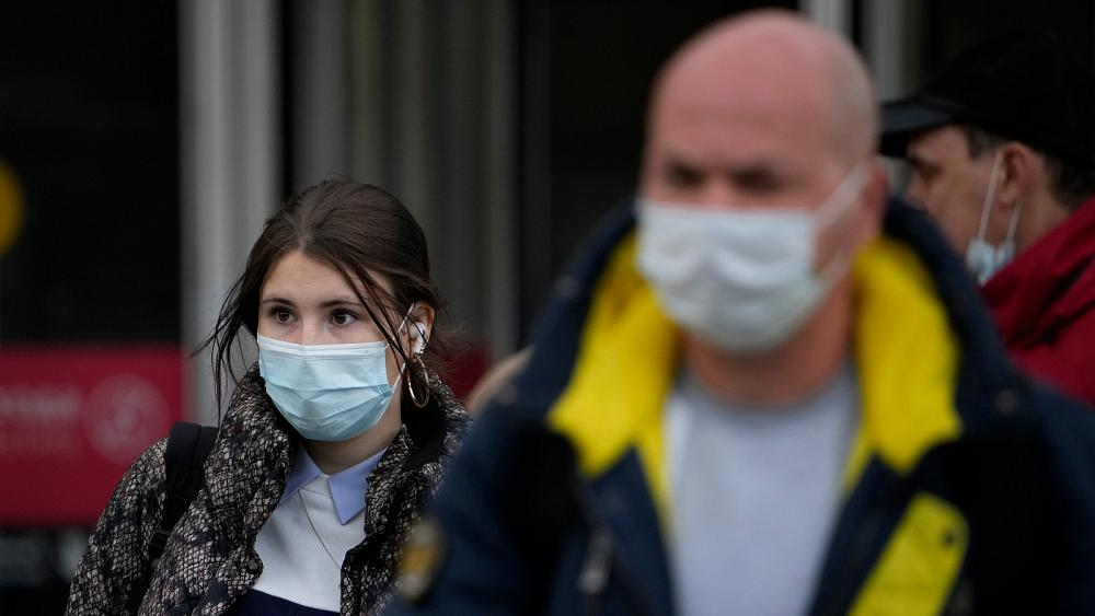 Rusia reporta el mayor número diario de casos de COVID-19