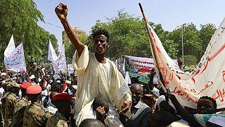 Soudan : les opposants au gouvernement civil poursuivent leur sit-in