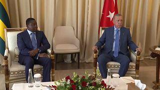 Le président turc poursuit sa tournée africaine à Lomé