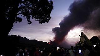 Vulcão Cumbre Vieja imparável