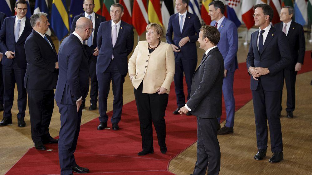 Cumbre de la UE: los líderes respaldan medidas temporales para la crisis energética y el diálogo para la disputa legal polaca