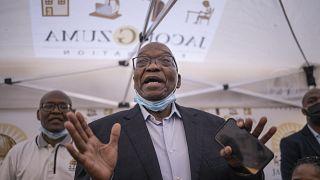 Afrique du Sud : Jacob Zuma porte plainte contre un procureur