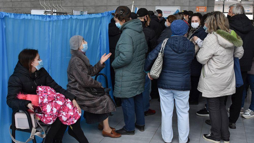 Ucrania tiene un número récord de infecciones y muertes por COVID por segundo día consecutivo