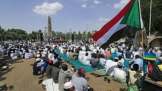 Sudanese pro millitary protesters call for dissolution of government