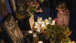 Se despiden de Halyna Hutchins, la directora de fotografía víctima de un disparo en un set de rodaje