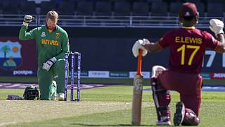 De Kock protest after South Africa team ordered to take knee before game