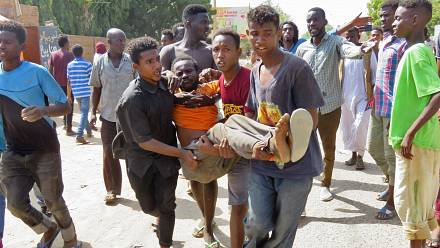 Sudanese doctors treat wounded protestors as anti-coup marches spread