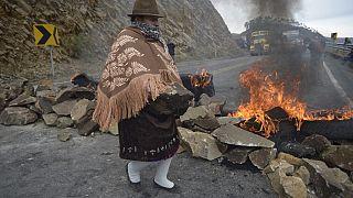 Une manifestante sur un barrage près de Zumbahua (Equateur)