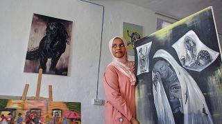 In Somalia, a rare female artist promotes images of peace
