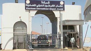 Khartoum : l'aéroport toujours fermé malgré l'annonce de réouverture