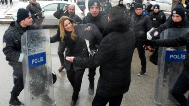 Turquie: les anti-Erdogan diabolisés avant un référendum clé