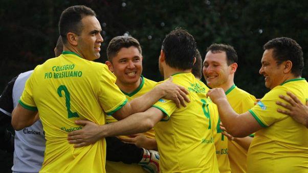 Clericus Cup,Brasile vola con don Neymar