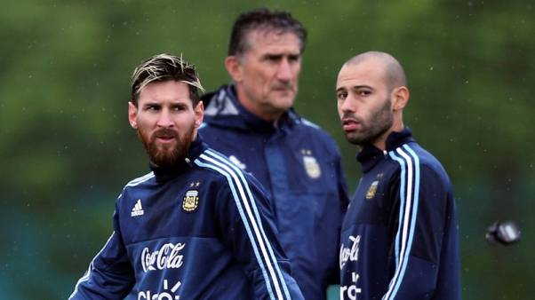 Argentina players continue to shun reporters