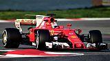 F1: Hamilton voit Ferrari favorite, Vettel lui renvoie la politesse