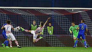 Kalinic rocket keeps Croatia in driving seat
