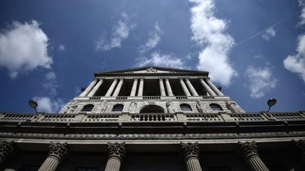 Bank of England's Saunders edges towards rate rise