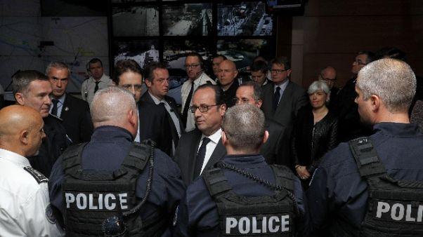 Parigi: Gentiloni, parlato con Hollande
