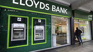 Lloyds says ex-judge Linda Dobbs to review its handling of fraud case