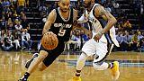 NBA: San Antonio et Toronto souffrent, mais poursuivent leur route