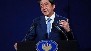 Japan's Abe cautions against Brexit regulation cliff edge