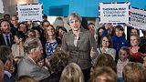 """Négociations sur le Brexit: May assure ne pas être dans une """"autre galaxie"""""""