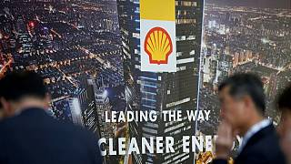 Shell shareholders reject emissions target proposal