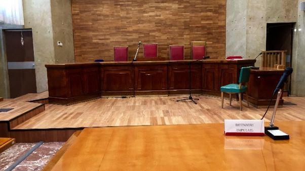 Voto scambio elezioni Puglia, 5 condanne