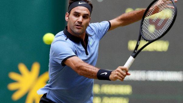 Tennis: Federer supera M.Zverev ad Halle