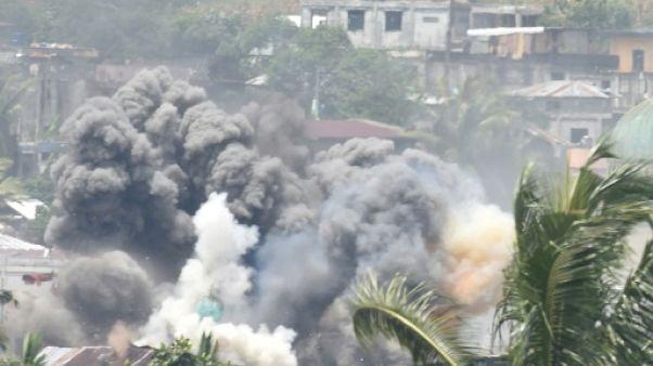 Philippines: le chef du groupe EI aurait fui Marawi, selon l'armée